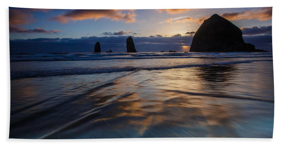 Oregon Bath Sheet featuring the photograph Haystack Rock And The Needles by Rick Berk