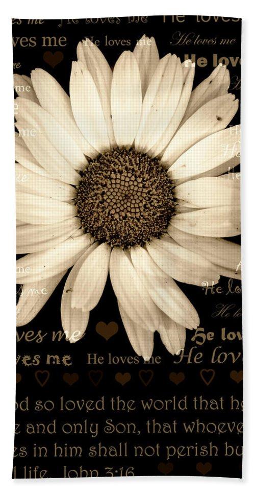 Daisy Bath Sheet featuring the photograph He Loves Me by Karen Beasley