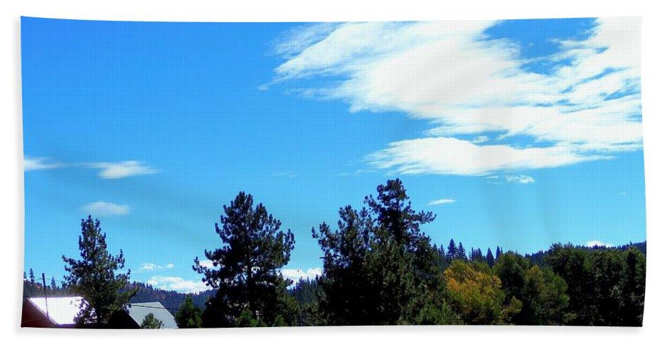 Acrylic Prints Bath Sheet featuring the photograph Heart In The Sky by Bobbee Rickard