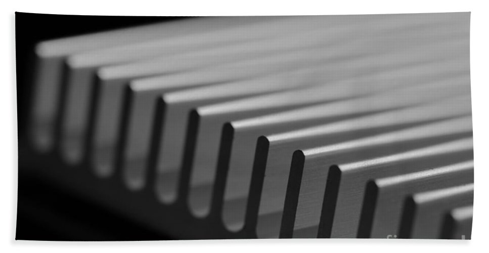 Circuit Bath Sheet featuring the photograph Heat Sink Tilted by Kenny Glotfelty