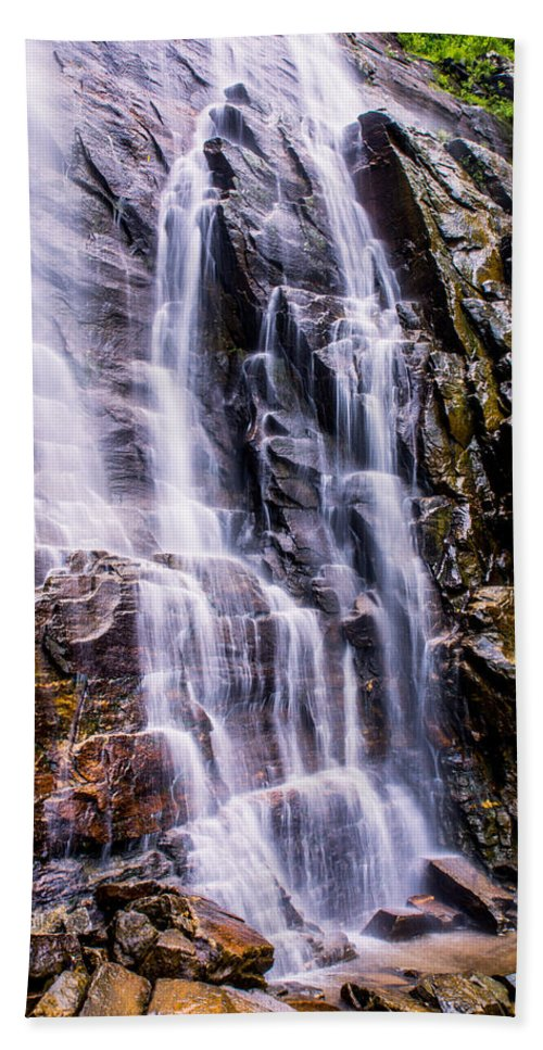Hickory Nut Falls Hand Towel featuring the photograph Hickory Nut Falls by Zina Stromberg