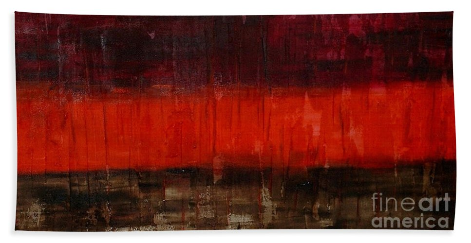 Abstract Bath Sheet featuring the painting High Energy by Silvana Abel