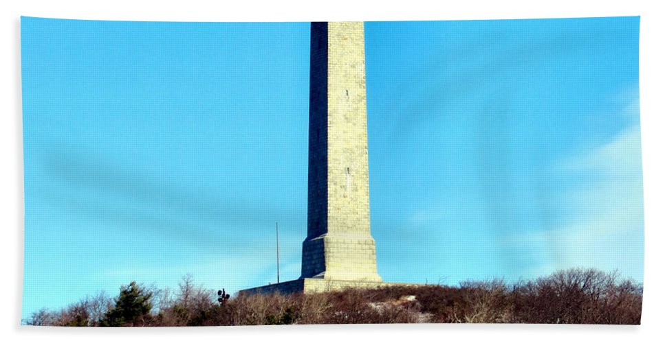 High Bath Sheet featuring the photograph High Point Monument Nj by Art Dingo