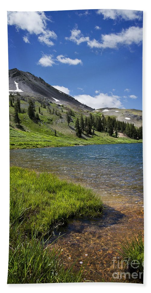 Highland Bath Sheet featuring the photograph Highland Lakes by Dianne Phelps