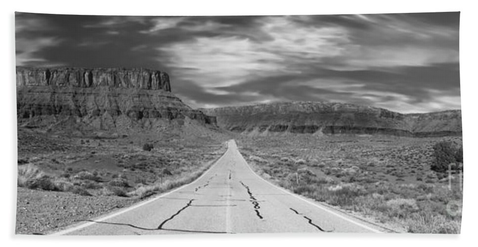 Utah Bath Sheet featuring the photograph Highway 128 by Jerry Fornarotto