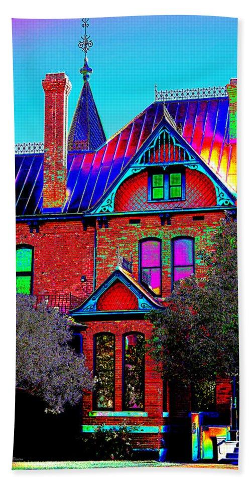 House Bath Sheet featuring the photograph Historic House Pop Art by Phyllis Denton