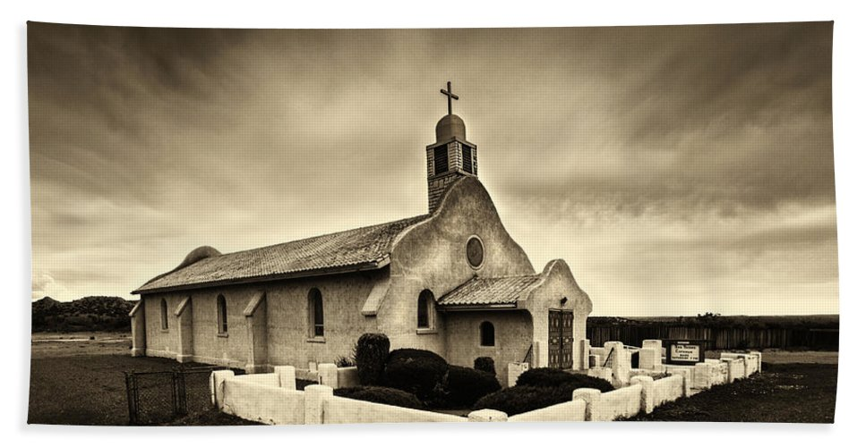 Historic Old Adobe Spanish Style Catholic Church San Ysidro New Mexico Bath Towel For Sale By Jerry Cowart