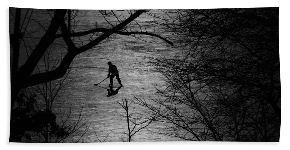 Hockey Bath Sheet featuring the photograph Hockey Silhouette by Andrew Fare