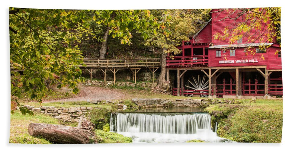 Steven Bateson Hand Towel featuring the photograph Hodgson Mill by Steven Bateson