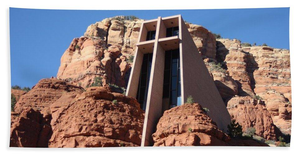 Red Rocks Sedona Arizona Church Hand Towel featuring the photograph Holy Cross Church by Michael Cressy