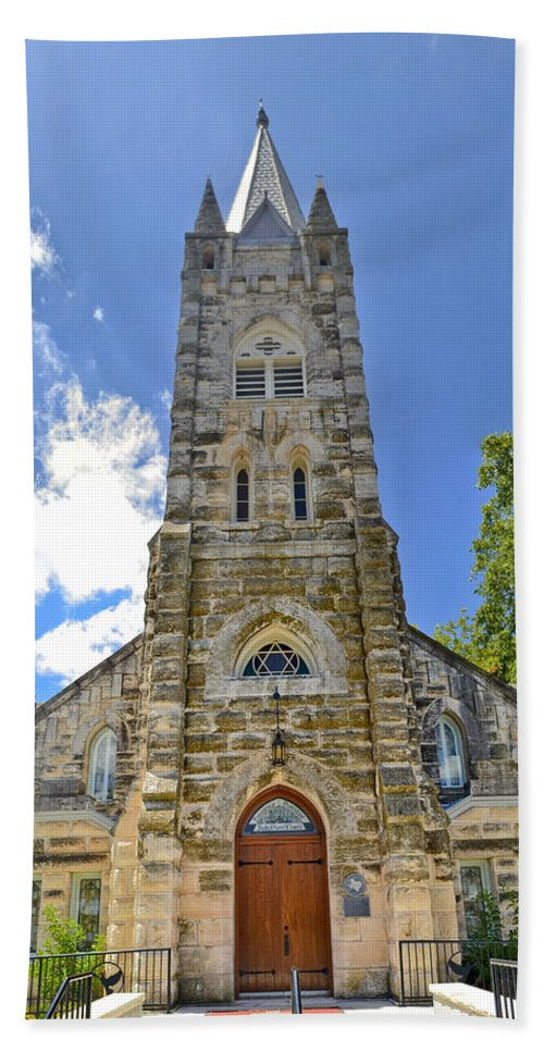 Fredericksburg Bath Sheet featuring the photograph Holy Ghost Lutheran Church by Allen Sheffield