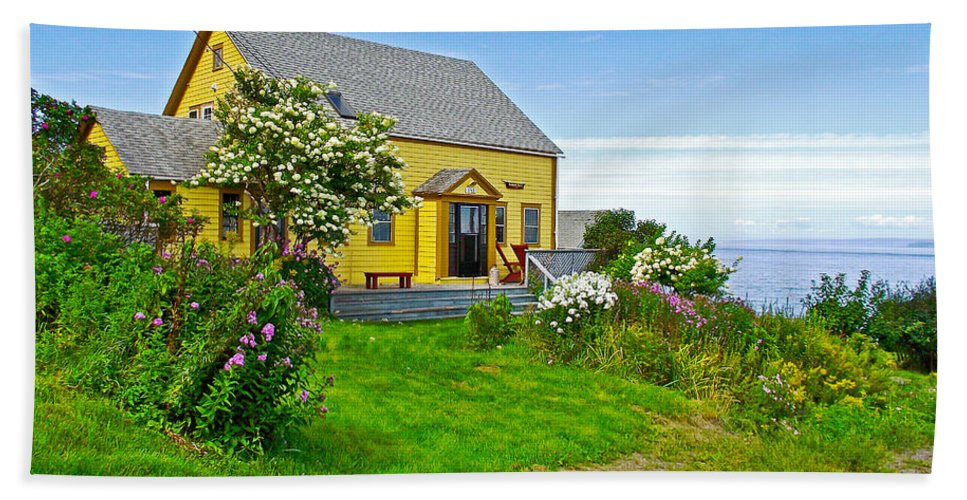Home Near Halls Harbour Hand Towel featuring the photograph Home Near Halls Harbour-nova Scotia by Ruth Hager