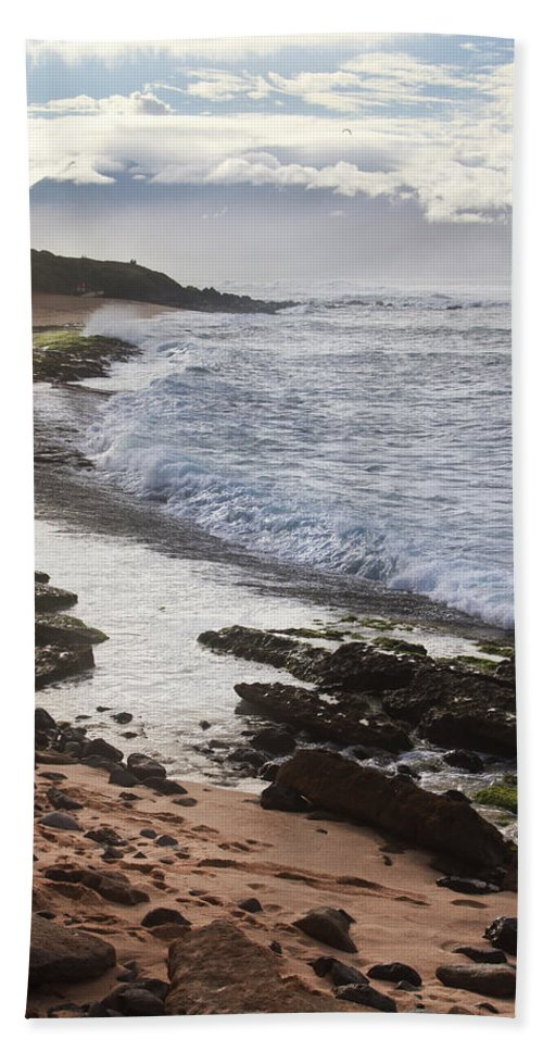 Ho'okipa Beach Park Hand Towel featuring the photograph Ho'okipa Beach Park 2 by Jessica Velasco