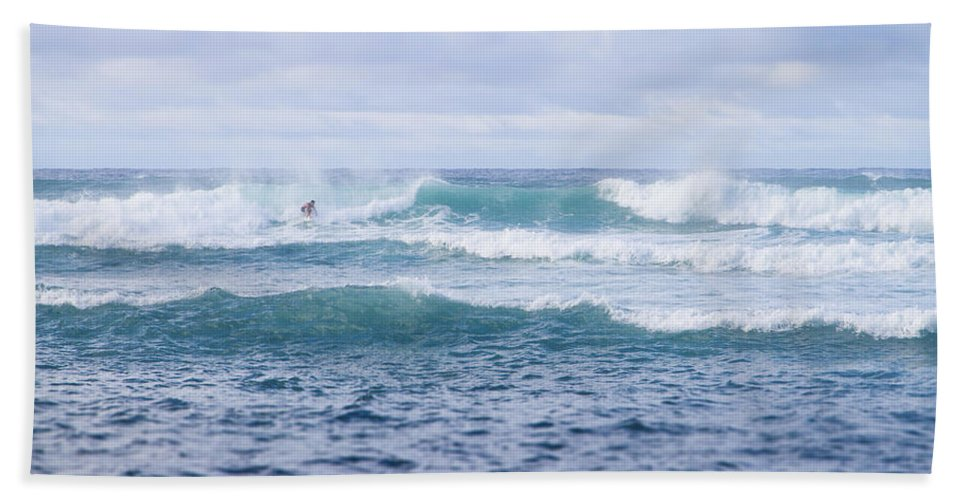Ho'okipa Beach Park Hand Towel featuring the photograph Ho'okipa Beach Park 3 by Jessica Velasco