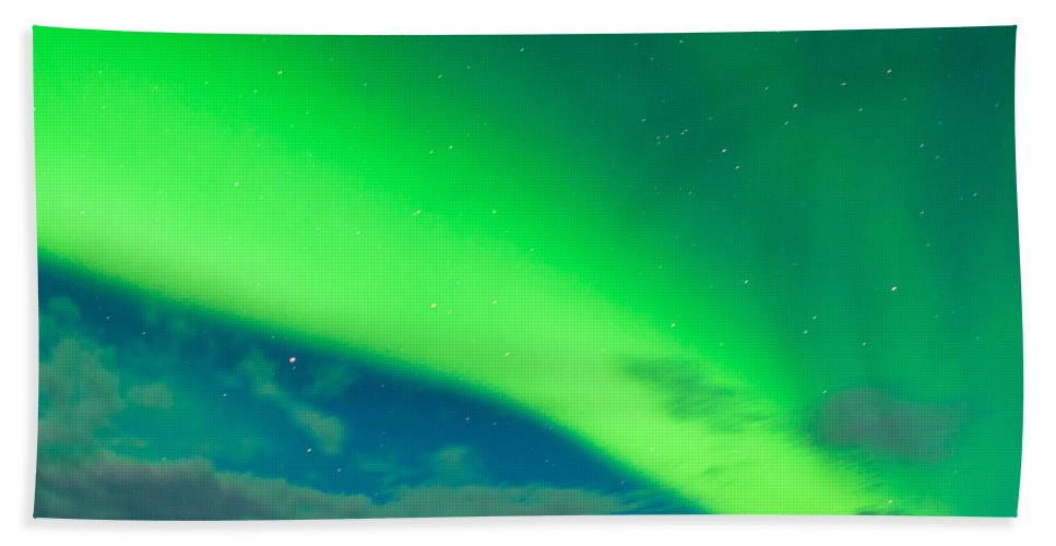 Alaska Hand Towel featuring the photograph Horse Distant Snowy Peaks With Northern Lights Sky by Stephan Pietzko