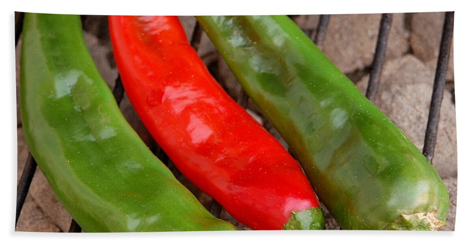 Mexican Bath Sheet featuring the photograph Hot And Spicy - Chiles On The Grill by Steven Milner