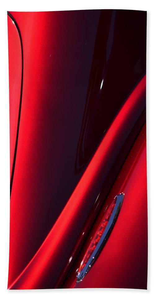 Red Bath Sheet featuring the photograph Hr149 by Dean Ferreira