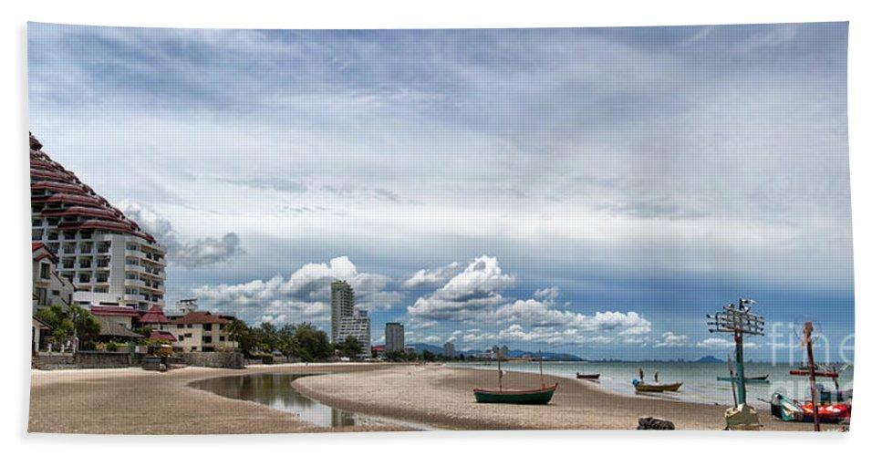 Hotels Bath Sheet featuring the photograph Hua Hin Coastline by Antony McAulay
