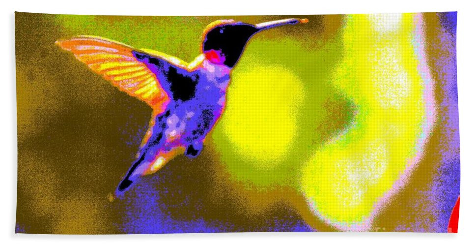 Kates Hand Towel featuring the photograph Hummingbird by Randy J Heath
