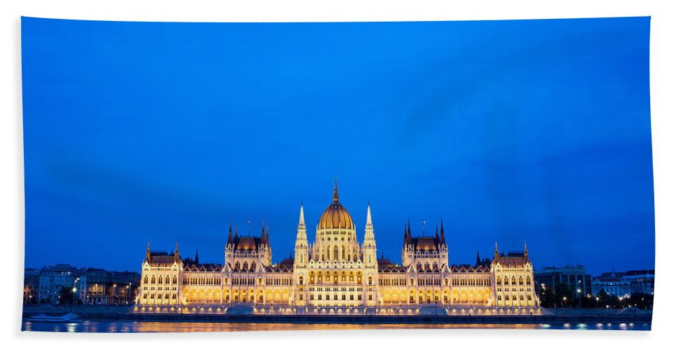 Budapest Hand Towel featuring the photograph Hungarian Parliament Building At Dusk by Artur Bogacki