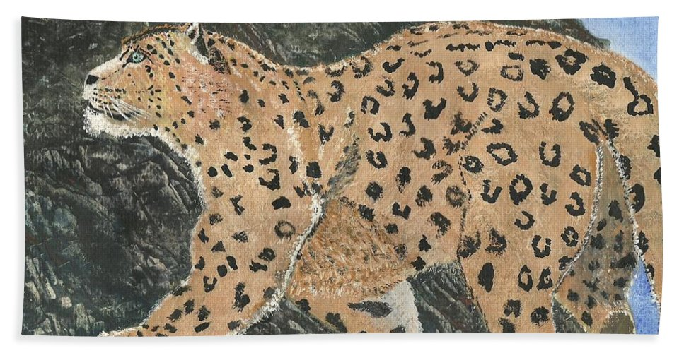 Snow Leopard Hand Towel featuring the painting Hunting In The Hills by John Williams