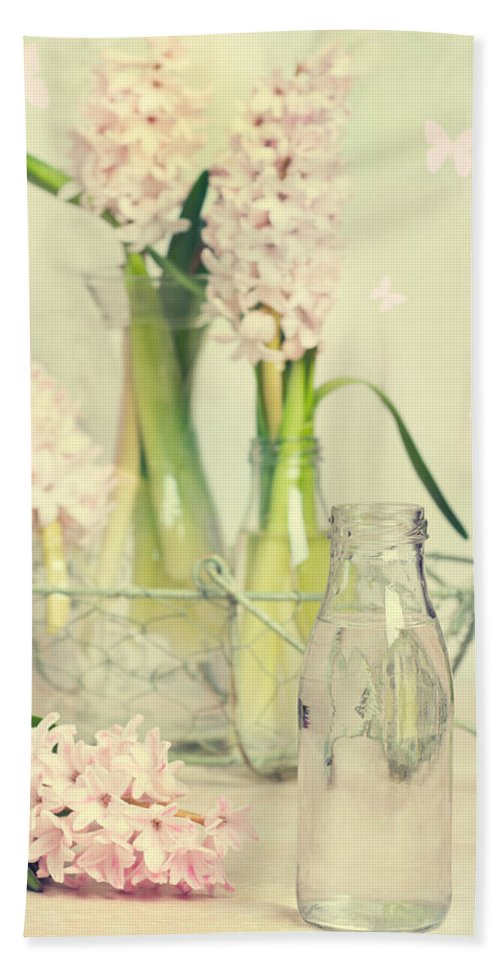 Spring Hand Towel featuring the photograph Hyacinth Arrangement by Amanda Elwell