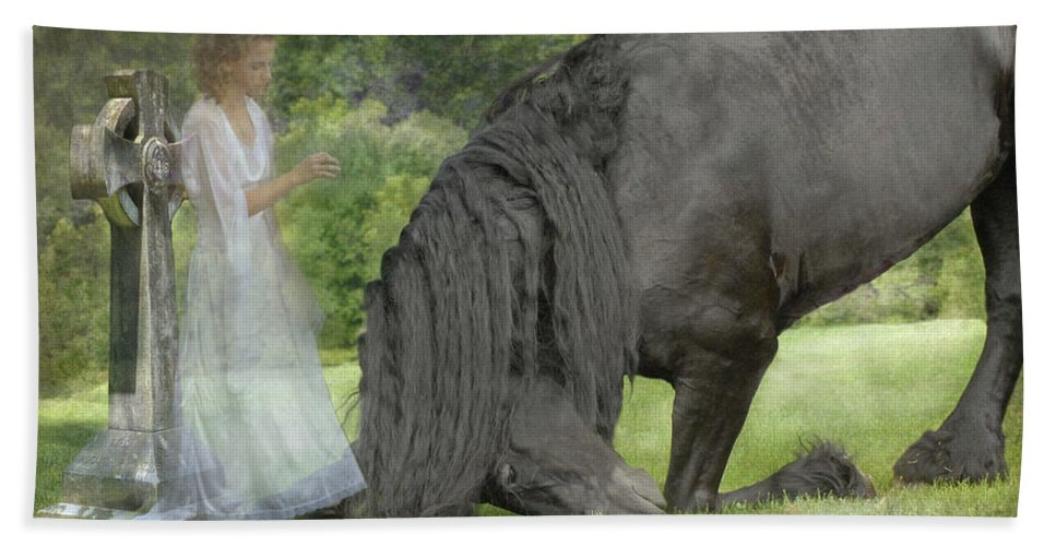 Horses Bath Towel featuring the photograph I Miss You by Fran J Scott