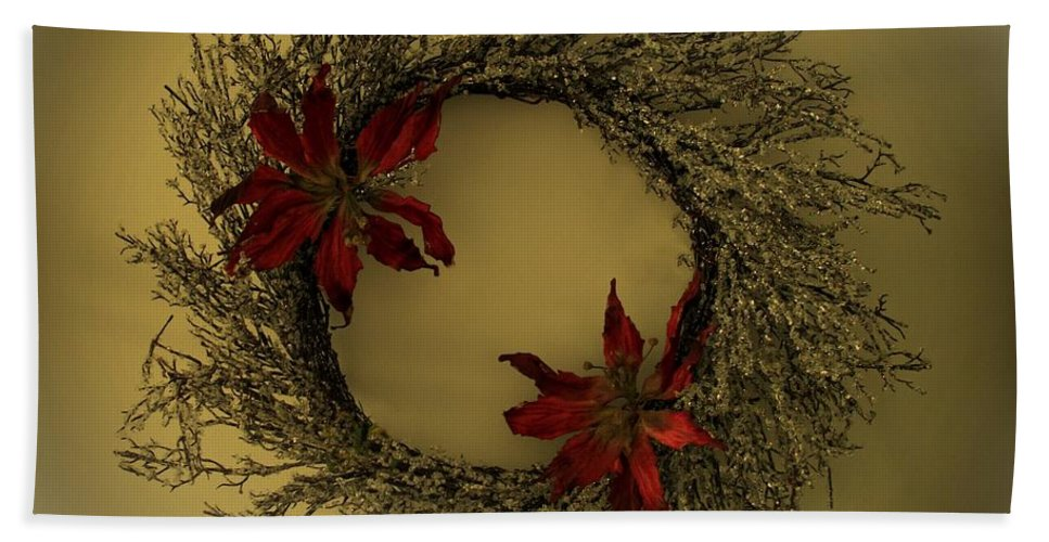 Wreath Bath Sheet featuring the photograph Ice Wreath by David Dehner