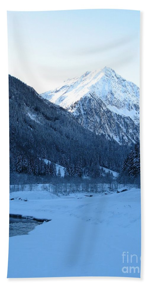 Snow Bath Sheet featuring the photograph Iceblue Snow by Christiane Schulze Art And Photography