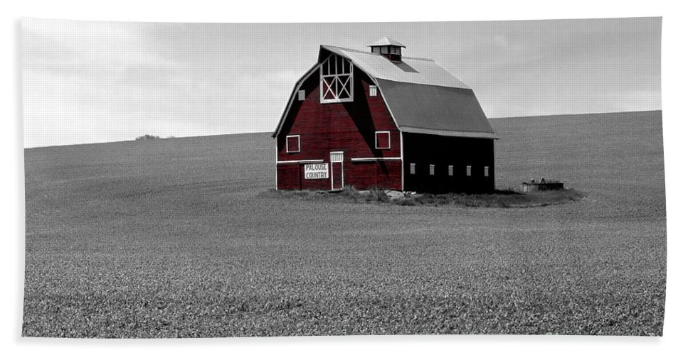Palouse Bath Sheet featuring the photograph Icon Of The Palouse by Sharon Elliott