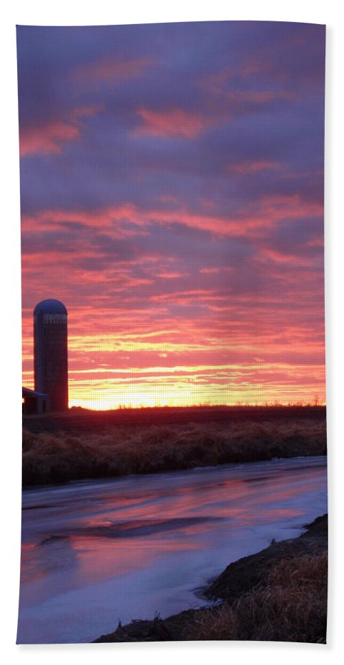 Peterson Nature Photography Bath Sheet featuring the photograph Icy River Sunset by James Peterson