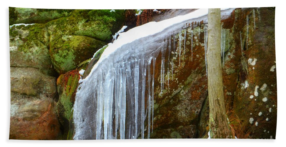 Landscape Hand Towel featuring the photograph Icy Waterfall by Peggy Franz