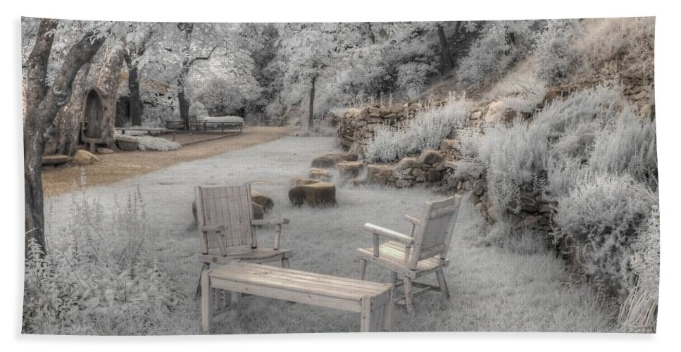 Infrared Hand Towel featuring the photograph In Quiet Places by Jane Linders