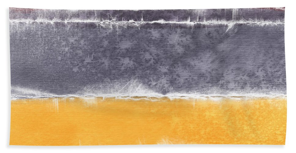 Abstract Bath Towel featuring the painting Indian Summer by Linda Woods