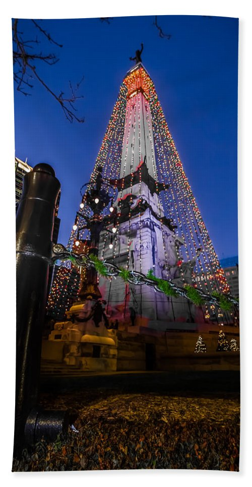 Christmas Hand Towel featuring the photograph Indiana - Soldiers And Sailers Monument With Lights by Ron Pate