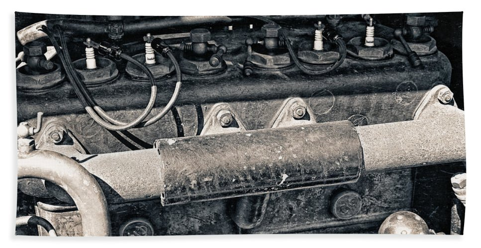 Photo Bath Sheet featuring the photograph Inner Life Of An Old Car by Jutta Maria Pusl