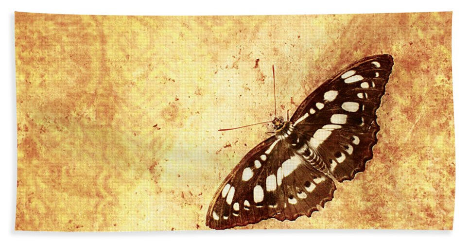 Photography By Floyd Menezes Bath Sheet featuring the photograph Insect Study Number 66 by Floyd Menezes