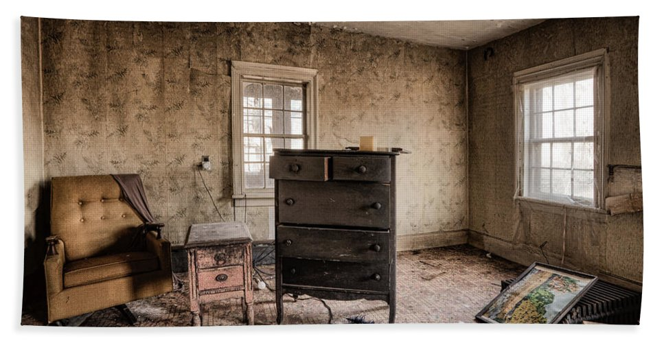 Life Bath Sheet featuring the photograph Inside Abandoned House Photos - Old Room - Life Long Gone by Gary Heller