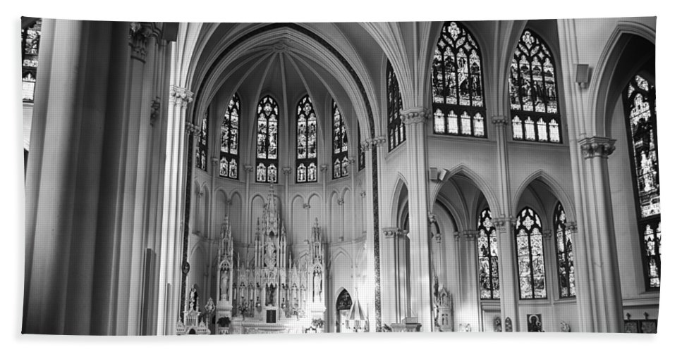 Denver Hand Towel featuring the mixed media Inside The Cathedral Basilica Of The Immaculate Conception 1 Bw by Angelina Vick