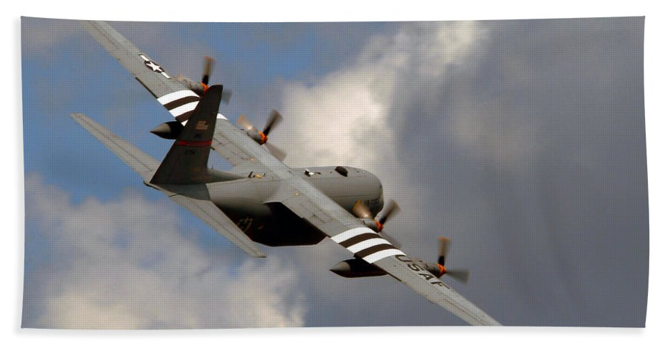 C 130 Bath Sheet featuring the photograph Into The Storm by Craig Purdie