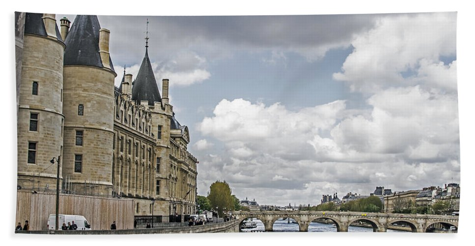 Travel Hand Towel featuring the photograph Island In The Seine by Elvis Vaughn