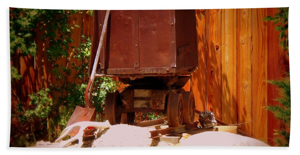 Mining Hand Towel featuring the photograph Jacks Mining Cart by Bobbee Rickard