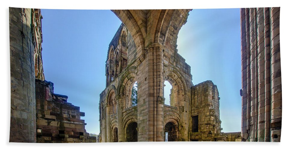 Jedburgh Abbey Hand Towel featuring the photograph Jedburgh Abbey - 2 by Paul Cannon