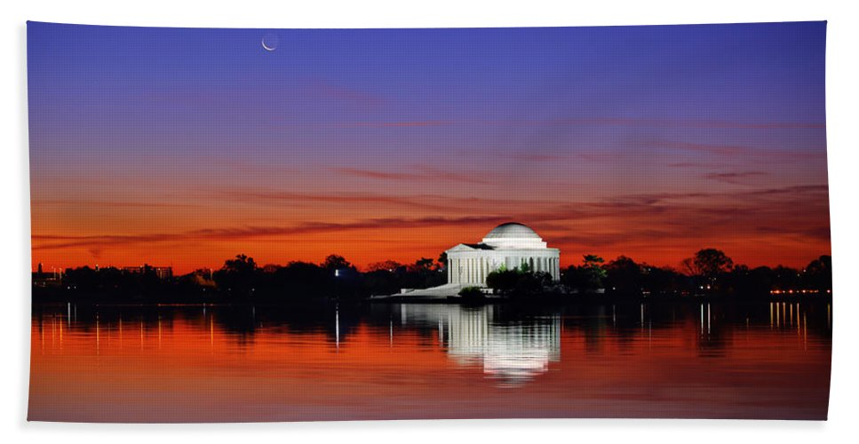 Metro Hand Towel featuring the photograph Jefferson Memorial At Dawn by Metro DC Photography