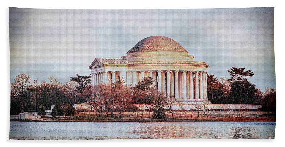 Jefferson Memorial Hand Towel featuring the photograph Jefferson Memorial In Dc by Emily Kay