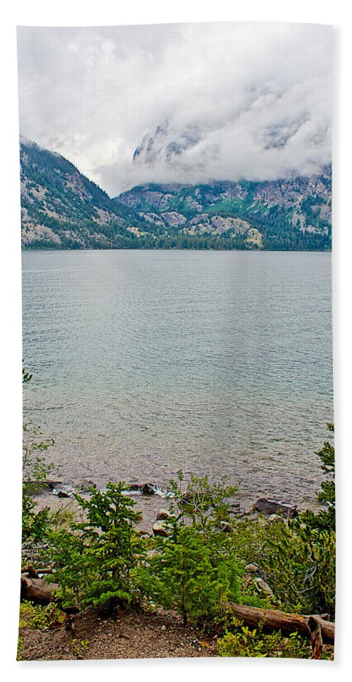 Jenny Lake In Grand Teton National Park Bath Towel featuring the photograph Jenny Lake In Grand Tetons National Park-wyoming by Ruth Hager