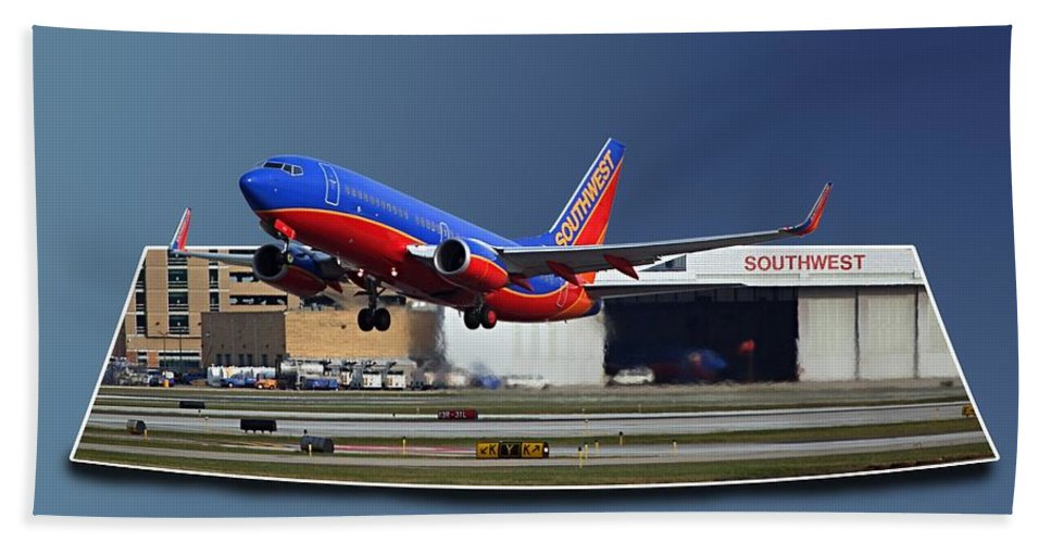 Passenger Plane Bath Sheet featuring the photograph Jet Chicago Airplanes 12 Out Of Bounds by Thomas Woolworth