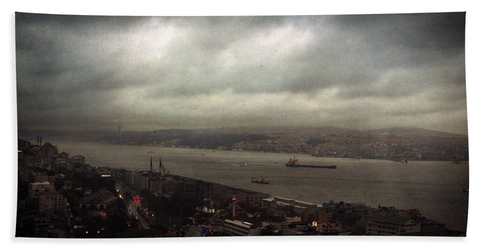 Istanbul Hand Towel featuring the photograph jour de pluie a Istanbul II by Zapista