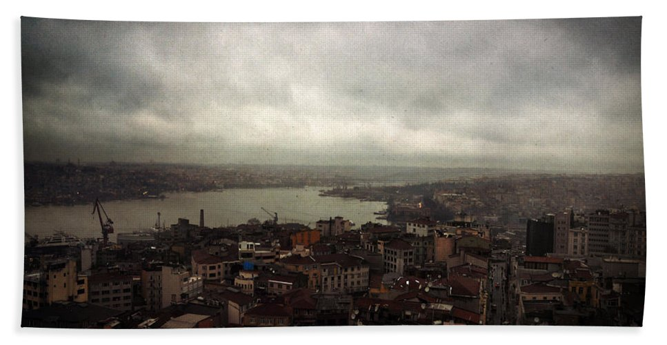 Istanbul Hand Towel featuring the photograph jour de pluie a Istanbul III by Zapista