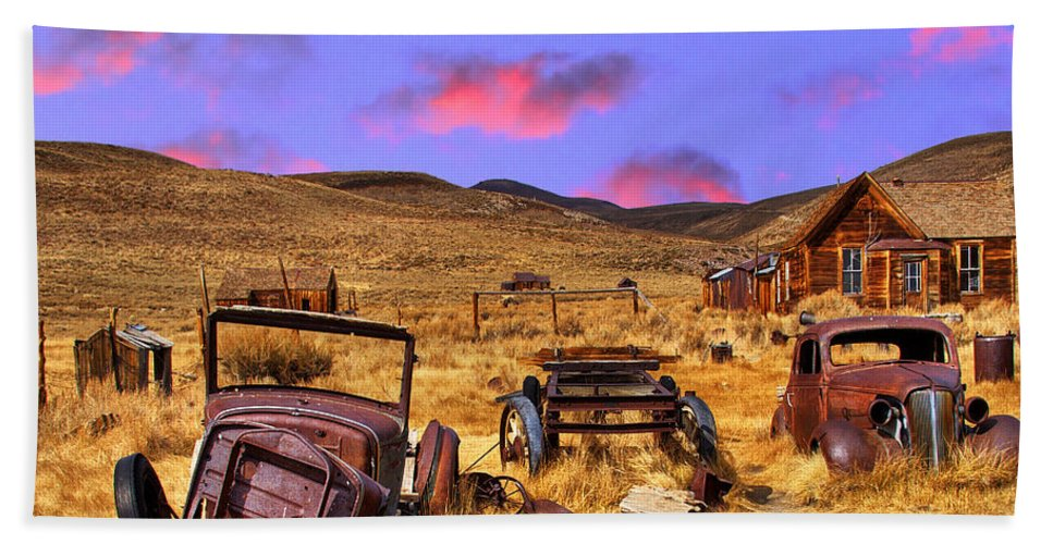 End Of The Line Bath Sheet featuring the photograph Journey's End by Dominic Piperata